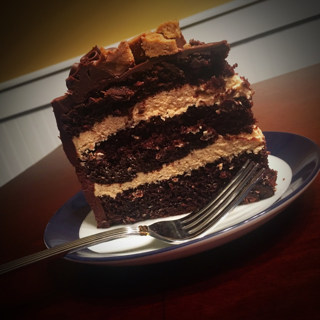 chocolate chip peanut butter mousse cake